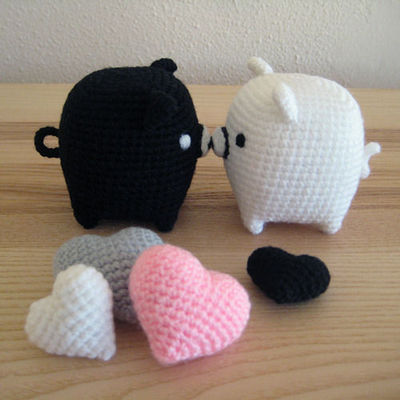 amigurumi  black and white piggies