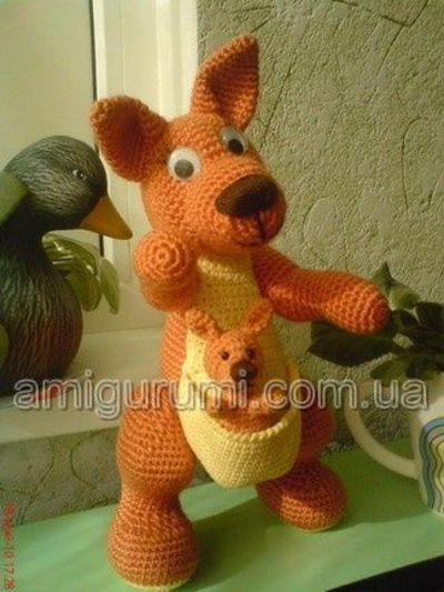 Purple Minion Amigurumi Pattern : amigurumi kangaroo free pattern in russian / crochet ideas ...