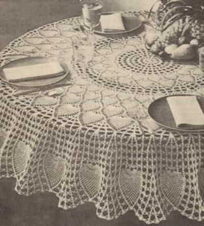 Free Crochet Tablecloth Patterns : Free Crochet Round Pineapple Tablecloth Pattern