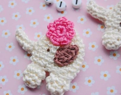 Vanilla and Cherry Flower. CROCHET PATTERN. Applique