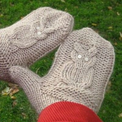 Owl Mittens Knitting Pattern : GiveaHoot owl mittens knit pattern free / crochet ideas and tips - Juxtapost