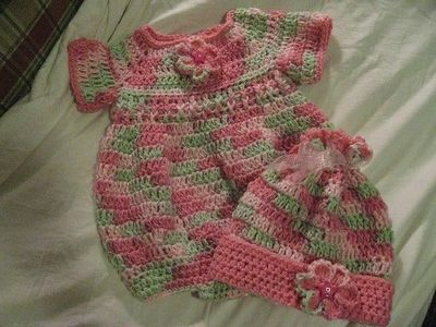 Free Crochet Pattern For Baby Romper : Newborn Romper by Joanne Holt free crochet pattern / baby ...
