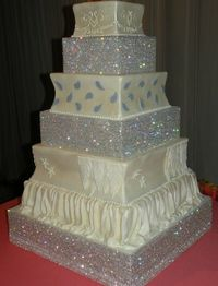 Love the bling cake stands!