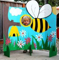Bumble Bee Photo Station