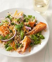 Simple Salmon +Spinach+ Quinoa Salad