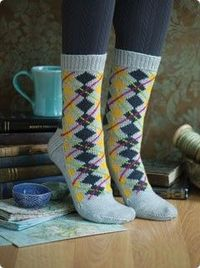 "I will do argyle. Just because! Free pattern and it is called ""simply"". Hummm"