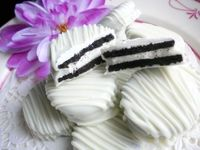White Wedding Chocolate Dipped Oreos