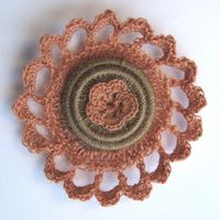 Dusky Flower brooch by Jane Platts of Hooked Yarn
