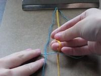 basic friendship bracelet with 4 strands and square knots