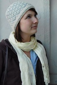 This hat is soooo pretty, and it looks like it could be made up very quickly.