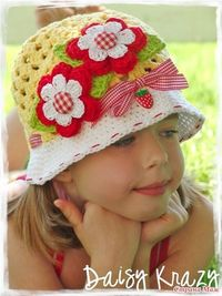 Cute girls crochet hat. Nice inspiration. From a Russian web site.