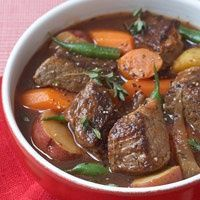 HEALTHY CHUNKY BEEF STEW! Can't wait for cooler weather!